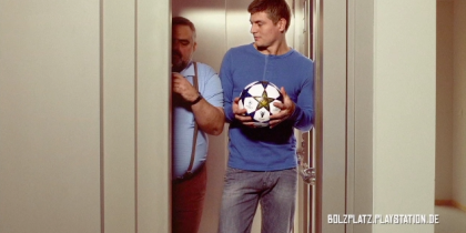 "NICKELODEON ""Meet Tony Kroos"""
